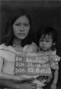 Linda Thai & Mom